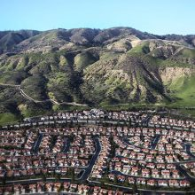 Photograph of Inland Empire California with mountains in background