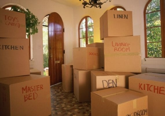 6 TIPS ON LABELING BOXES WHEN YOU MOVE
